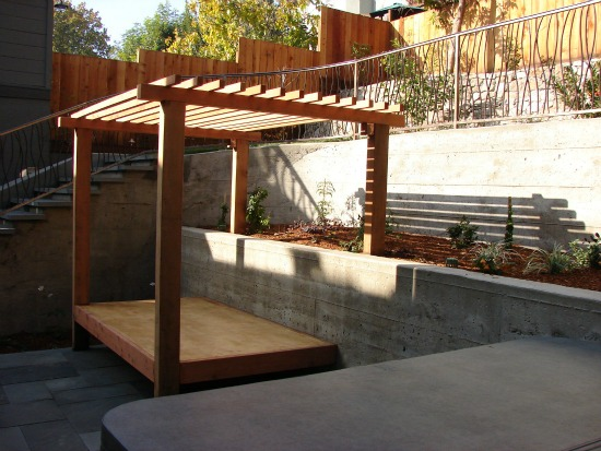Garden Trellises, Arbors, and Pergolas