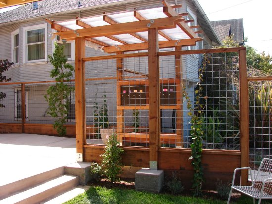 Custom-Made Mailbox Enclosure with Custom Trellis