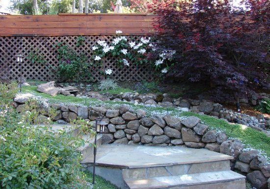 Dry Stacked Stone Garden Wall